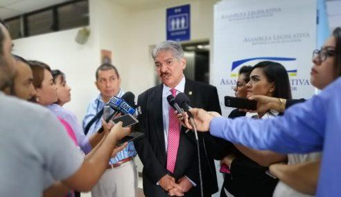 Presidente de la Asamblea Legislativa Norman Quijano reacciona a nuevo Gabinete