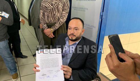 Diputados de ARENA proponen que Gobierno utilice para cárcava de la Santa Lucía parte del préstamo de $48 millones