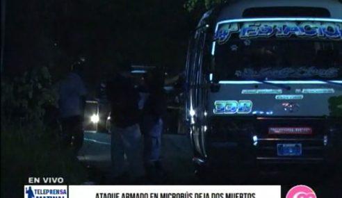 Ataque armado en microbús deja dos muertos