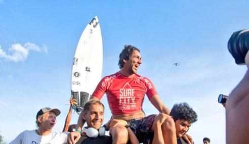 Bryan Pérez subcampeón del torneo Surf City El Salvador
