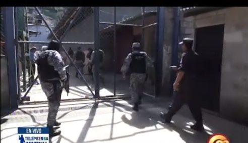 Policías se desempeñan en malas condiciones
