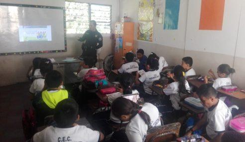 PNC brinda seguridad perimetral en centros escolares del país
